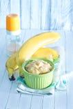 белизна макарон еды предпосылки младенца сырцовая Стоковые Изображения