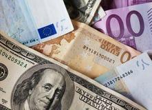 το ευρώ δολαρίων διαφορών σημειώνει το σύμβολο Στοκ φωτογραφία με δικαίωμα ελεύθερης χρήσης