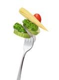 在叉子的凉拌生菜 库存照片