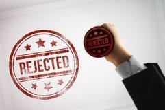 拒绝与一张红色邮票的一个文件 免版税图库摄影