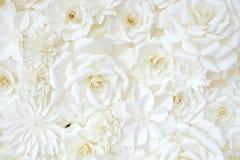 纸折叠的花背景  免版税图库摄影