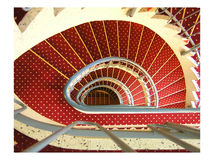 红色螺旋形楼梯 免版税库存图片