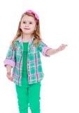 打手势手的白种人美丽的小女孩 库存照片