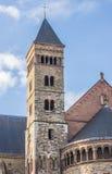 圣瑟法斯教会的塔在马斯特里赫特 免版税图库摄影