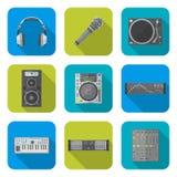 各种各样的被设置的颜色平的样式声音设备象 免版税库存照片
