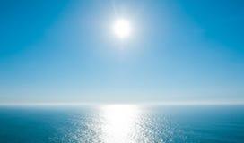 在大西洋的美好的天 免版税库存照片