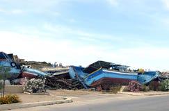 Сломленные кораблекрушения после дебаркации беженцев Стоковое Фото