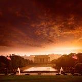 亚伯拉罕・林肯纪念日落华盛顿特区 库存图片
