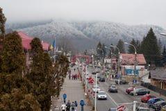 冬天山区度假村 图库摄影