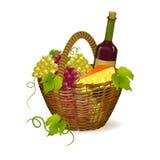 Плетеная корзина с продуктами вина Стоковые Фото
