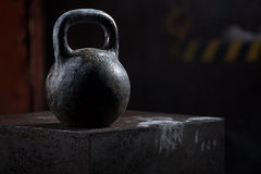 Μαύρο παλαιό αθλητικό βάρος Στοκ εικόνες με δικαίωμα ελεύθερης χρήσης