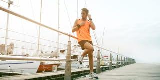 Молодой красивый бегун Стоковая Фотография