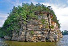 峭壁在威斯康辛小山谷 免版税库存照片