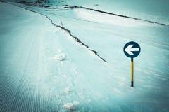 Знак наклона лыжи Стоковая Фотография
