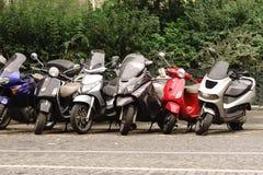 现代和葡萄酒摩托车 图库摄影