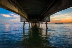 在日落的贝尔蒙特码头 图库摄影