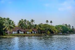 热带印地安村庄在喀拉拉,印度 免版税库存照片