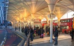斯特拉福国际汽车站,一个伦敦的最大的运输连接点和英国 免版税库存图片