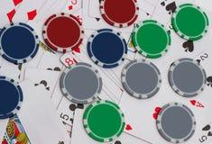 在扑克牌游戏的大胜利 免版税库存图片