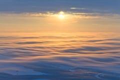 Μεγαλοπρεπές ηλιοβασίλεμα, τοπ άποψη Στοκ Εικόνες