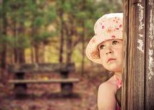 Девушка осени в парке Стоковая Фотография