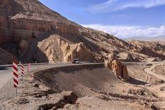 泛美的高速公路-阿塔卡马沙漠-智利 免版税库存照片