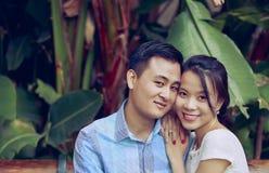 детеныши пар счастливые Стоковые Фото