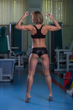 Сексуальная атлетическая блондинка Стоковое Изображение RF