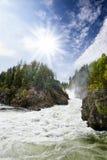 λευκό ύδατος ορμητικά σημείων ποταμού Στοκ εικόνα με δικαίωμα ελεύθερης χρήσης