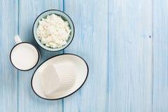 продукты изоляции молокозавода белые Молоко, сыр и сыр творога Стоковая Фотография RF