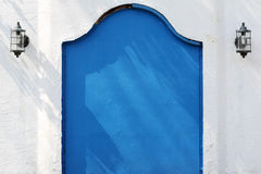 Παλαιά μπλε πύλη μετάλλων Στοκ εικόνα με δικαίωμα ελεύθερης χρήσης