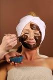 巧克力面部屏蔽奶油甜点有机温泉 图库摄影