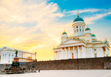 赫尔辛基大教堂,赫尔辛基,芬兰 夏天 免版税图库摄影