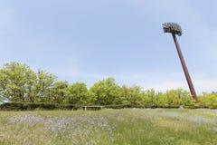Ελαφριοί πόλοι στο στάδιο Στοκ Φωτογραφίες