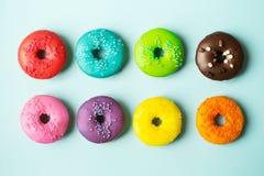 五颜六色的油炸圈饼 免版税图库摄影