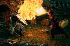 古老神秘的骑士争斗 免版税库存照片