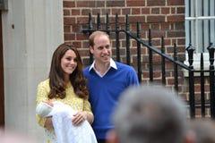 皇家夫妇新出生的公主 库存图片
