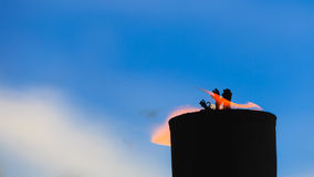 Μετακίνηση της φλόγας πυρκαγιάς Στοκ εικόνα με δικαίωμα ελεύθερης χρήσης