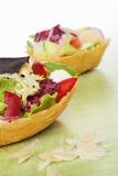 Раковина тако заполненная с салатом Стоковое фото RF