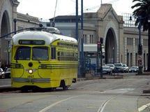黄色电车,旧金山,加利福尼亚 免版税库存照片