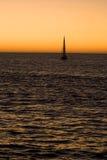 夜间风船航行 库存图片