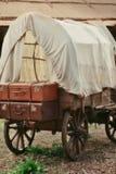 购物车干燥现有量人造木木 免版税库存照片