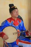 在颜色的传统越南音乐表现事件 免版税库存照片