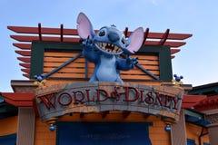 迪斯尼世界-老鼠在人吐 免版税库存图片