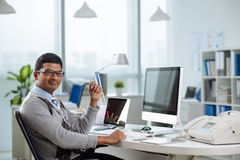 愉快的印地安企业家 免版税库存照片