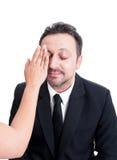 Αρσενικό πρότυπο που φορά την κρέμα ιδρύματος Στοκ Εικόνες