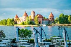 特拉凯城堡和湖 免版税库存图片