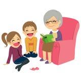 祖母读书故事 库存图片