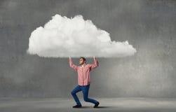 Ανυψωτικό σύννεφο ατόμων Στοκ φωτογραφίες με δικαίωμα ελεύθερης χρήσης