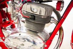 葡萄酒摩托车的引擎的头的细节 库存照片